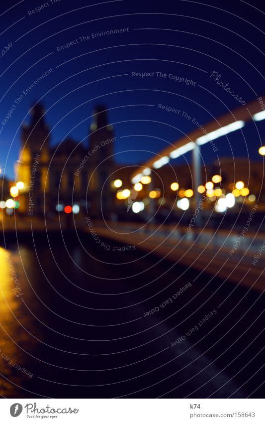 o.T. Hafen Licht Steg Brücke Gebäude Unschärfe Abend blau Architektur