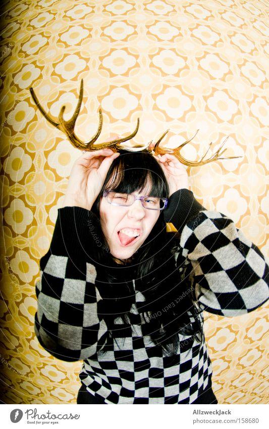 gestatten: Helga Hirsch Frau Weihnachten & Advent Porträt Freude Tier wild Tapete Wildtier Röhren Säugetier Horn Grimasse Hirsche Ausgelassenheit Laune