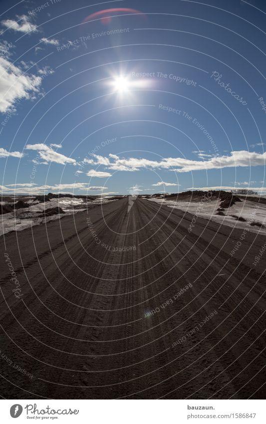 gerade. Ferien & Urlaub & Reisen Tourismus Ausflug Abenteuer Ferne Freiheit Expedition Winter Umwelt Natur Landschaft Erde Himmel Klima Wetter Schönes Wetter