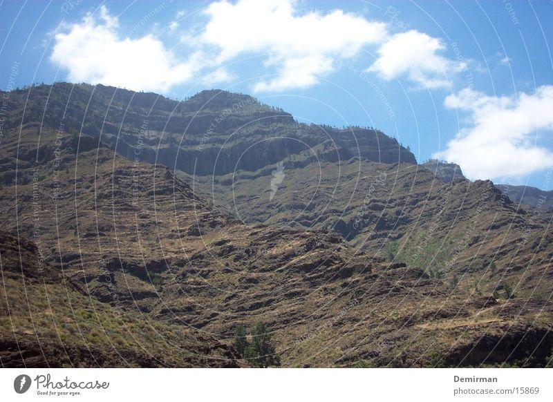 einfach schön Ferien & Urlaub & Reisen Spanien Gran Canaria Berge u. Gebirge blau Himmel Stein Felsen trist Landschaft