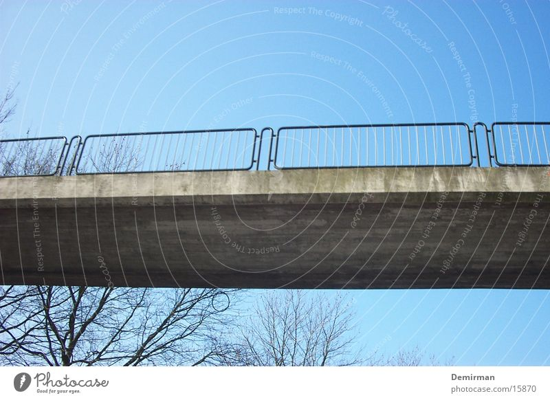 brücke Himmel blau Straße Brücke Freizeit & Hobby Bürgersteig Wege & Pfade