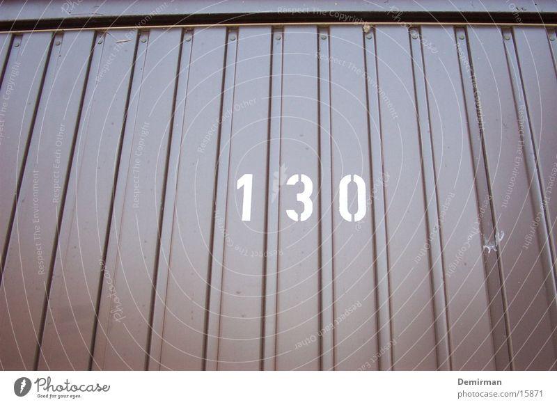 garage 130 braun Verkehr Ziffern & Zahlen parken Furche Garage