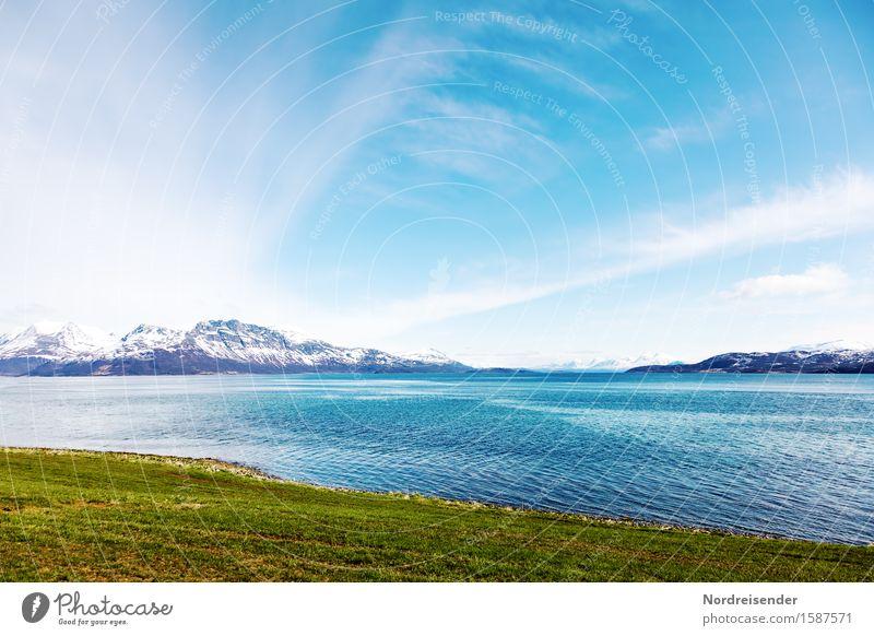 Nordeuropa Ferien & Urlaub & Reisen Urelemente Luft Wasser Himmel Wolken Sommer Schönes Wetter Wiese Berge u. Gebirge Schneebedeckte Gipfel Küste Fjord Meer