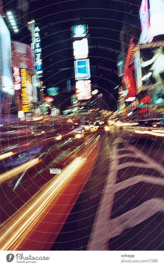TIMES SQUARE BY NIGHT1 Bewegung Aktion USA Zeit Amerika New York City Nordamerika New York State Times Square