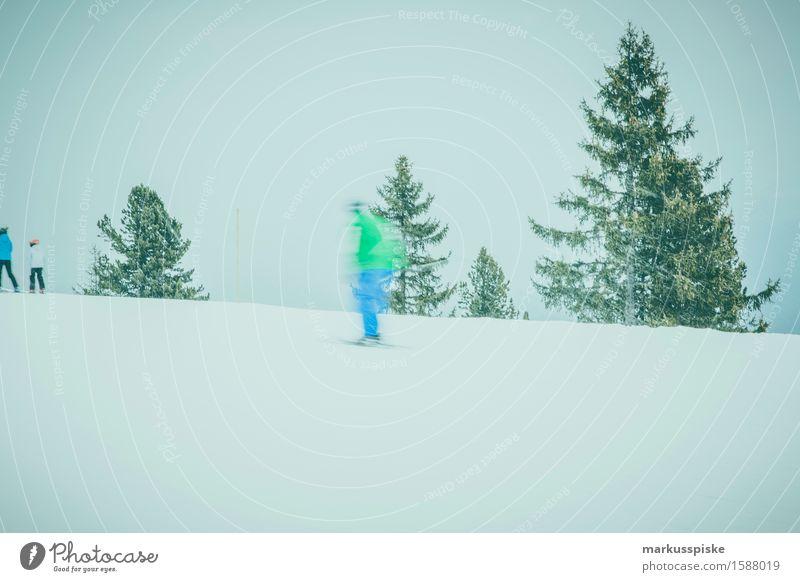 skifahrer im zillertal Mensch Jugendliche Junger Mann Winter 18-30 Jahre Berge u. Gebirge Erwachsene Bewegung feminin Schnee Sport Lifestyle Freizeit & Hobby