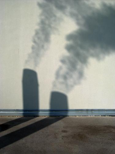 Dampf ablassen Umwelt Wand Energiewirtschaft Industrie Abgas Schornstein Klimawandel Umweltverschmutzung aufsteigen heizen Smog Emission Ozon beschmutzen