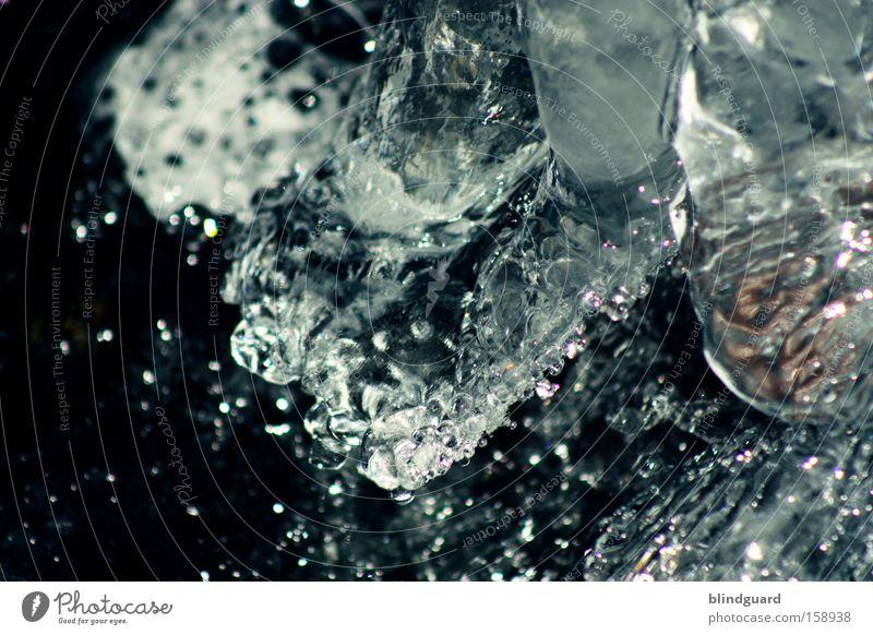 Black Ice Winter Wasser Frost kalt Eis frieren gefroren Bewegung bewegungslos glänzend fließen Klarheit deutlich spritzen Klimawandel frostschutz