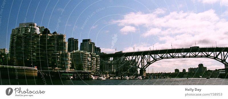 Vancouver Downtown Cambiebridge Wasser Stadt Wolken Architektur Hochhaus Brücke Skyline Kanada Hafenstadt Stahlbrücke Brückenkonstruktion
