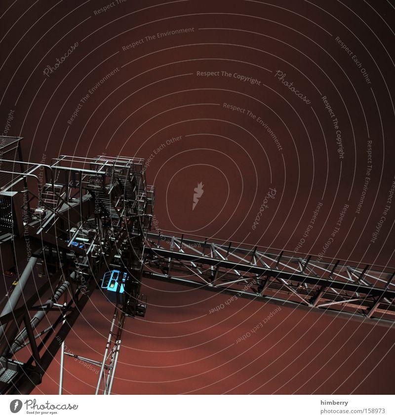 terminator Metall Industrie Industriefotografie Metallwaren Stahl Konstruktion Kran Eisen Arbeitsplatz Baugerüst Hochsitz Gerüst Stahlträger Stahlwerk