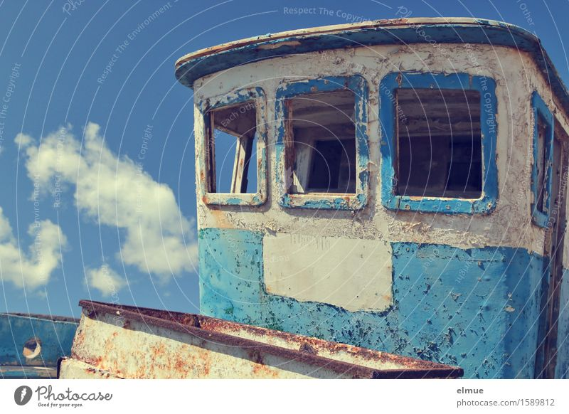wolkig Ferien & Urlaub & Reisen Himmel Wolken Schönes Wetter Fischerboot Kahn verfallen Äppelkahn liegen historisch kaputt maritim Originalität blau sparsam