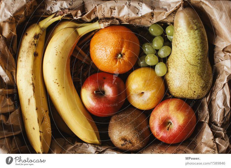 biomasse Lebensmittel Frucht Apfel Orange Ernährung gut Bioprodukte Vitamin Weintrauben Birne Kiwi Banane Pflaume Wochenmarkt Region Gesundheit