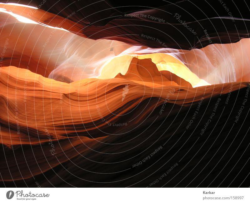 Steinwelle Natur schön Sand Landschaft hell orange Erde USA Wüste Amerika Licht Schlucht Berge u. Gebirge Höhle Erosion
