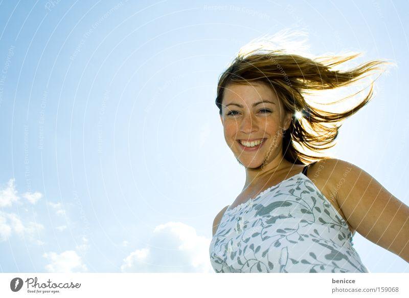 und sie lächelt Frau schön Sommer Freude lachen Mensch Lebensfreude Humor attraktiv