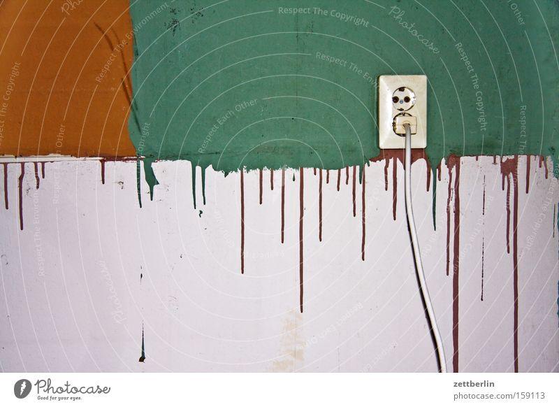 Reste braun rotbraun grün türkis weiß grau Steckdose Umzug (Wohnungswechsel) Häusliches Leben