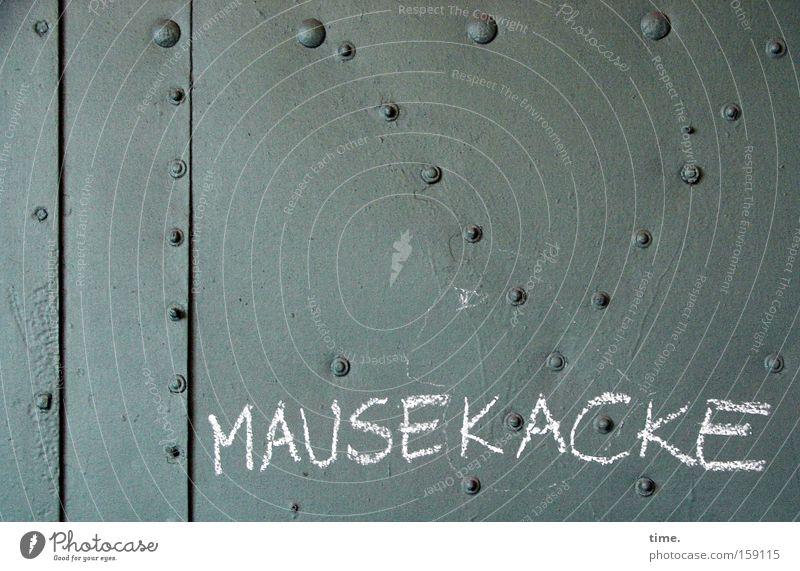 HB09.1 - Unmutsbezeugung (student light style) grün Graffiti Buchstaben Stahl Versuch Kreide Blech Naht Niete Bedeutung Stahlblech