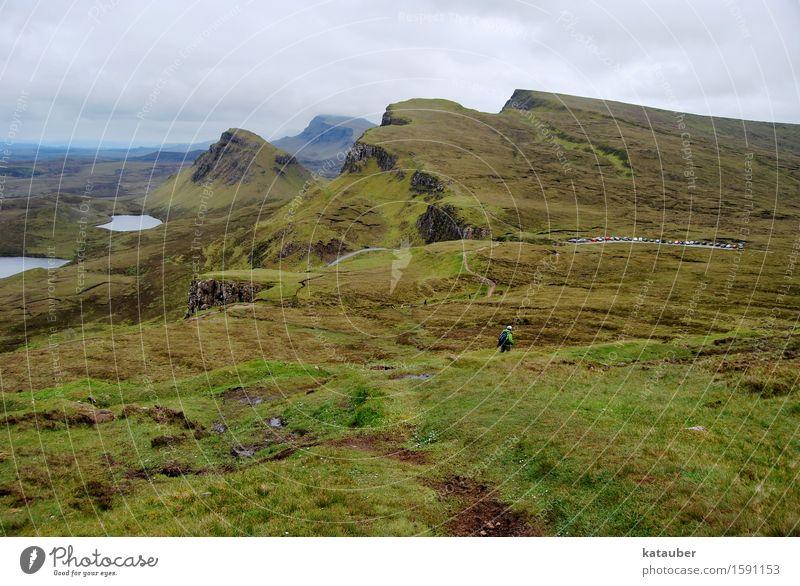 typisch schottlnad wandern Landschaft Wolken schlechtes Wetter Gras Hügel Felsen Berge u. Gebirge Moor Sumpf laufen fantastisch Unendlichkeit grün Abenteuer
