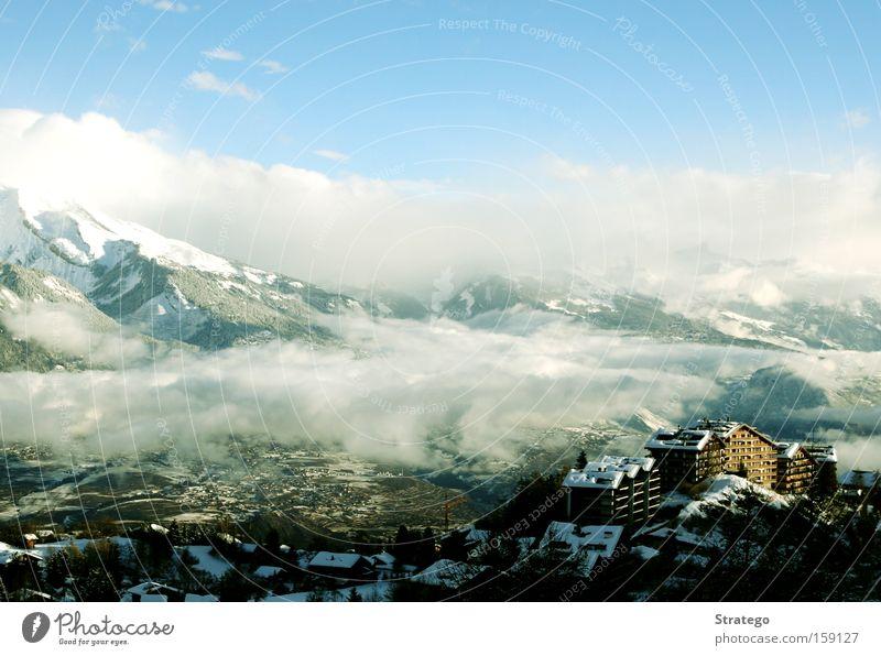 tolle Bergluft Ferien & Urlaub & Reisen Winter Wolken Haus ruhig Ferne Landschaft Berge u. Gebirge Wetter Aussicht Gipfel Schweiz Tal Höhe Kur Landhaus