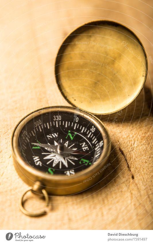 Kompass Natur Ferien & Urlaub & Reisen Ferne Berge u. Gebirge Wege & Pfade Holz Metall Tourismus Freizeit & Hobby wandern Schriftzeichen Ausflug Zeichen