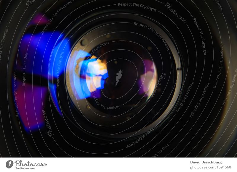 Linse II blau weiß schwarz Freizeit & Hobby Glas Technik & Technologie Perspektive Zukunft Fotografie violett Medien Fotokamera Filmindustrie Gerät Belichtung