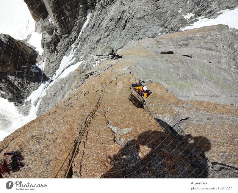 Schattenriss Klettern Bergsteigen Eis Frost Schnee Alpen Berge u. Gebirge Mont-Blanc du Tacul sportlich Tapferkeit Erfolg Kraft Willensstärke Mut Sicherheit
