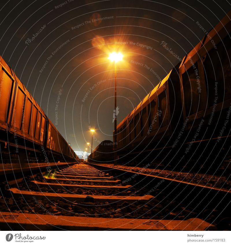 nightmare on railroad Verkehr Eisenbahn Industrie Güterverkehr & Logistik Industriefotografie Gleise Laterne Container Spedition Eisenbahnwaggon Schienenverkehr