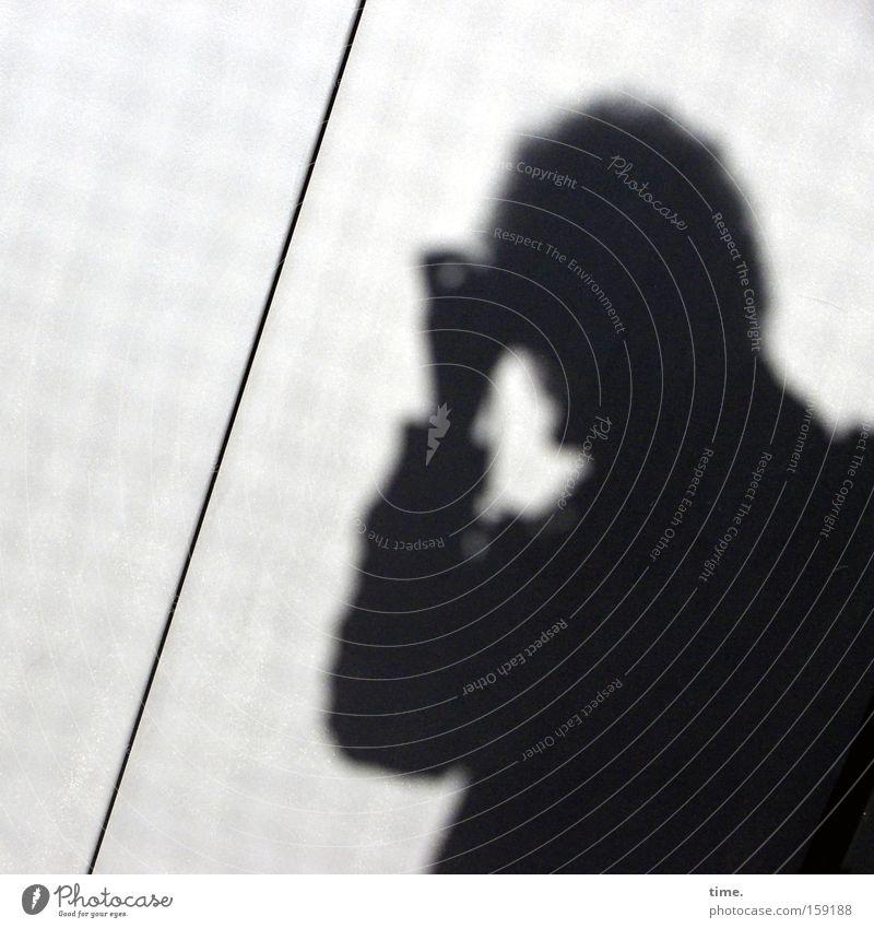 HB09.1 - Diagonales Objekt Mensch Wand Kopf Linie einzigartig obskur Fotograf Riss Furche Fotografieren Fuge