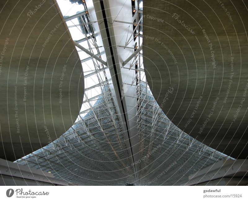 flughafen paris Beton Stahl Träger Paris Architektur Flughafen Decke charles