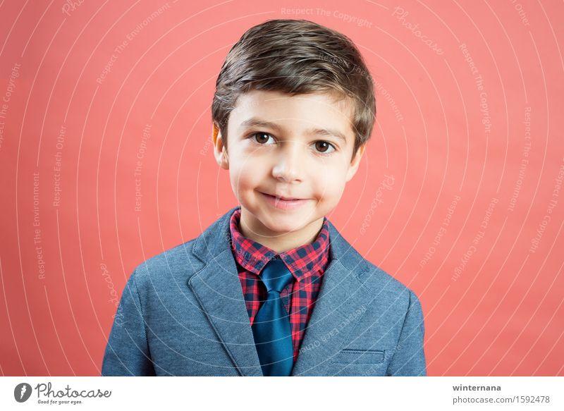 Junge um sechs schön Industrie Business Unternehmen Karriere Erfolg Fortschritt Zukunft Kind 3-8 Jahre Kindheit Künstler Mode Hemd Jacke Krawatte