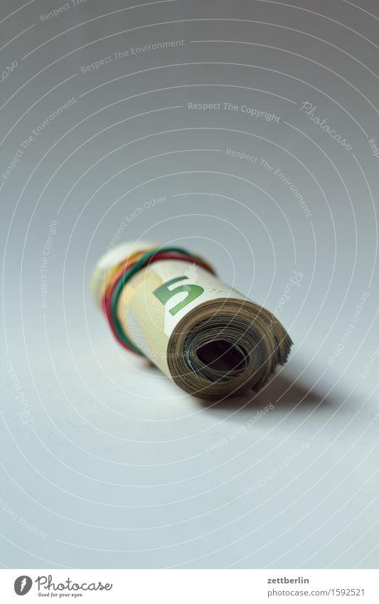 Geld Geldscheine Bargeld Euro Eurozeichen Kapitalwirtschaft Geldinstitut lenken Schwarzgeld bestechung korruption briefkastenfirma reich Reichtum unterhalt