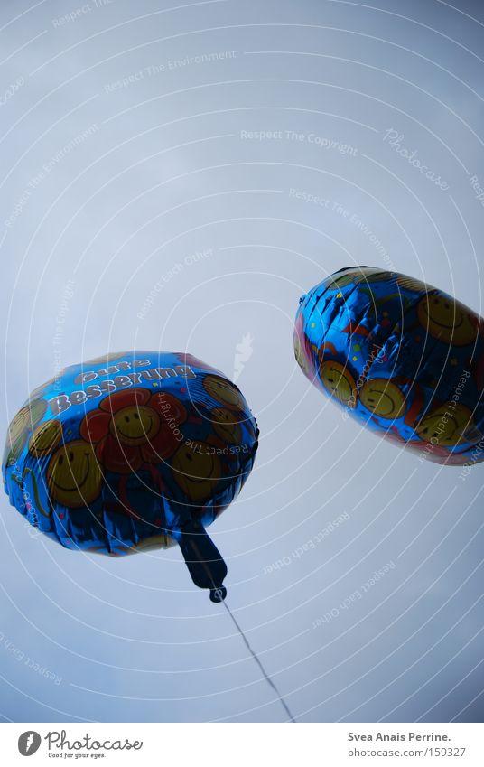 Gute Besserung Himmel Blume dunkel 2 fliegen Luftverkehr Luftballon Wohlgefühl Schwäche Smiley unbearbeitet