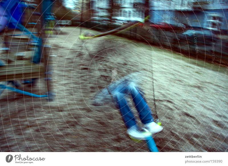 Drehwurm Mensch Kind Freude Spielen Bewegung Luft Freizeit & Hobby Spielzeug drehen Spielplatz kreisen Karussell Kreisel Pubertät Geschicklichkeit Sandkasten