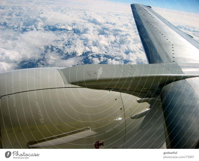 Turbine Himmel Wolken Flugzeug Luftverkehr Alpen Tragfläche Triebwerke