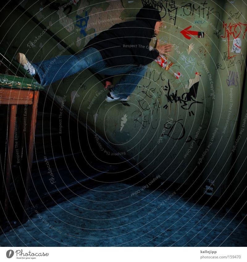 direktmarketing Mann Mensch Treppe Haus Pfeil schreien sprechen laut verrückt Richtung Graffiti Ziel Marketing