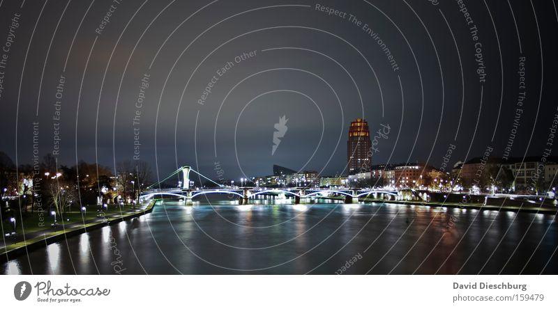 City of light Himmel Stadt Wolken Beleuchtung Brücke Nacht Fluss Skyline Flussufer Stadtzentrum Frankfurt am Main Nachthimmel Langzeitbelichtung