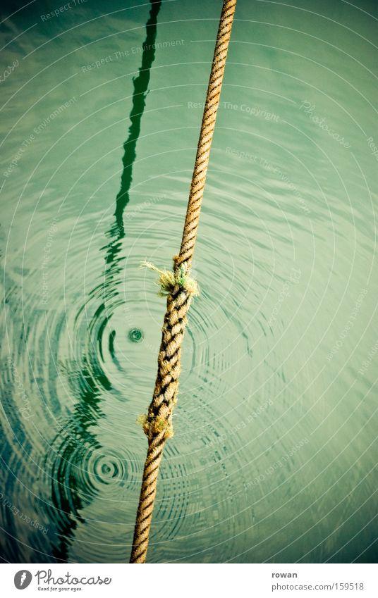 tautropfen Wasser Meer See Wasserfahrzeug Wassertropfen Seil Kreis Verbindung Schifffahrt diagonal konzentrisch