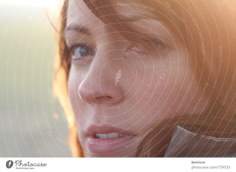 point of view Frau schön rot Sonne Gesicht Auge Sehnsucht Überraschung