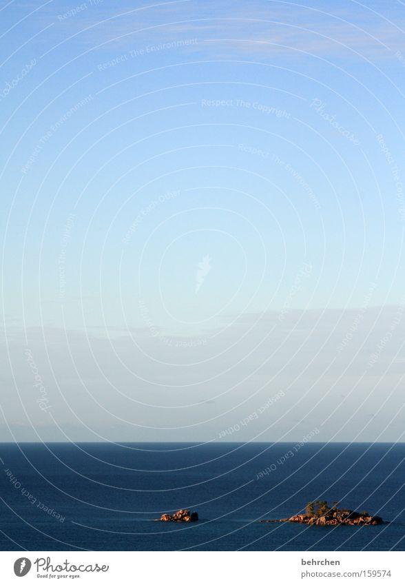 für vergessliche... Himmel blau Strand Ferien & Urlaub & Reisen Meer Wolken Ferne Freiheit träumen Küste Denken Wellen Horizont Ausflug Felsen Insel