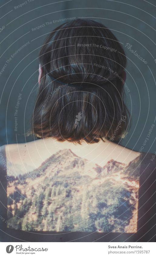 Fernweh maskulin 1 Mensch 18-30 Jahre Jugendliche Erwachsene Natur Sommer Baum Feld Wald Felsen Berge u. Gebirge Haare & Frisuren langhaarig Dia Dia-Projektor