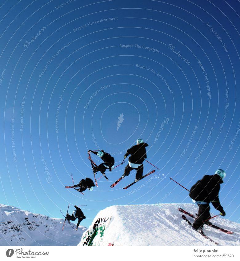 Kirschbaum battle Winter Schnee Sport Skifahren Skier Mensch maskulin Junger Mann Jugendliche 18-30 Jahre Erwachsene Schönes Wetter drehen springen Freestyle