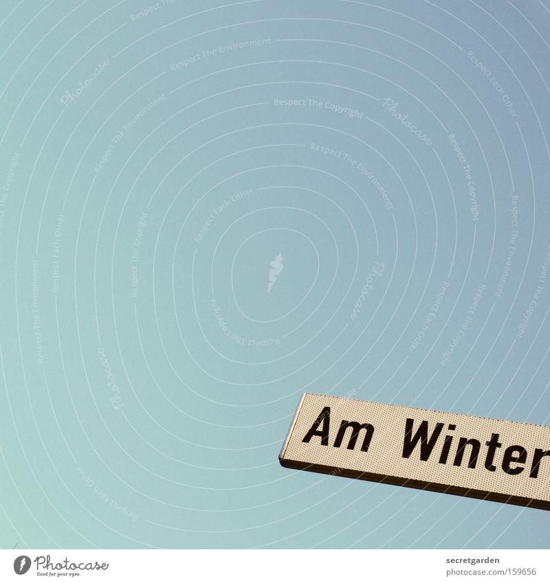 [HB 09.1] sommer in bremen. Schilder & Markierungen Straße Himmel blau rein Bremen Straßennamenschild Detailaufnahme Wort kalt Winter am winter Zeichen Neigung