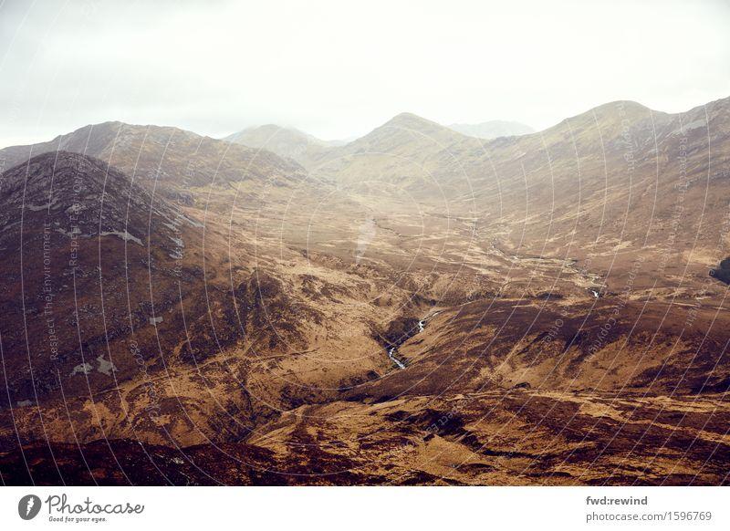 Connemara IV Natur Ferien & Urlaub & Reisen Landschaft Erholung Ferne Berge u. Gebirge Umwelt Herbst Gesundheit Freiheit braun Stimmung Ausflug Freizeit & Hobby
