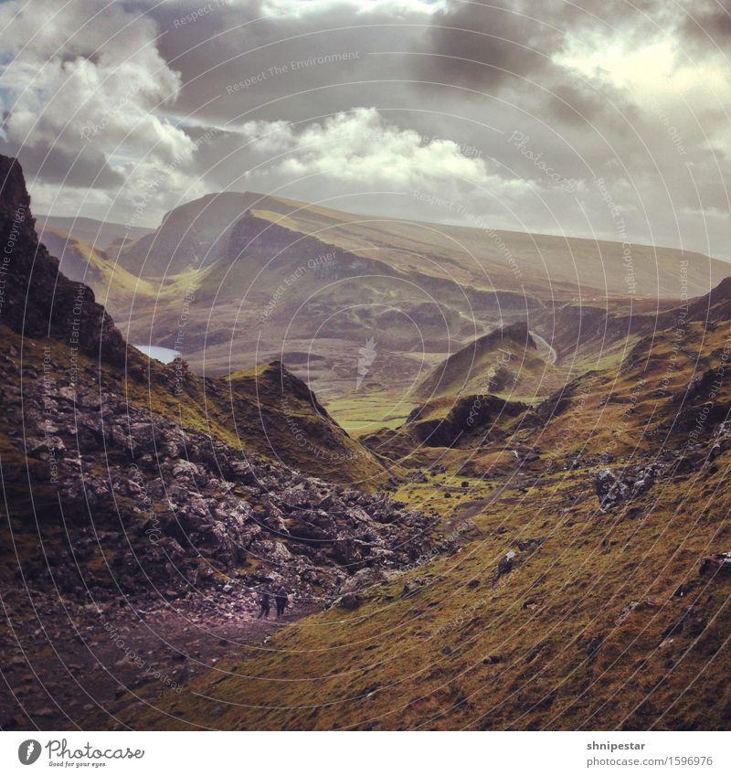 The Quiraing Wohlgefühl Insel Berge u. Gebirge wandern Hiking Umwelt Natur Landschaft Pflanze Urelemente Erde Himmel Wolken Frühling Klima Wetter Hügel Felsen