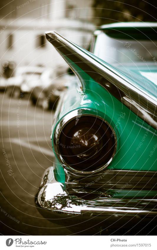 Classic Car Oldtimer Vintage Rockabilly Park PKW Taxi retro 50ies American Cadillac Chrome Impala Pin-Up Road Rock 'n' Roll altehrwürdig blue cars colorful Kuba