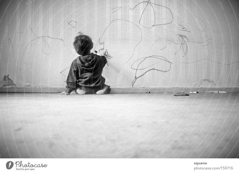 little michelangelo Kind Wand Graffiti lernen Tapete Konzentration Schreibstift Gemälde Kontrolle Kleinkind üben Kindererziehung Mensch Vandalismus