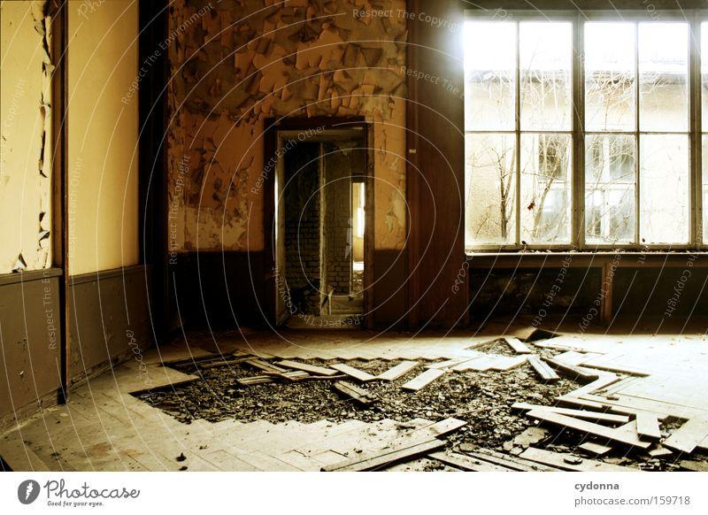 Schöner Leben alt Fenster Raum Zeit Häusliches Leben Vergänglichkeit verfallen Verfall Zerstörung Parkett Erinnerung Örtlichkeit Leerstand Vandalismus