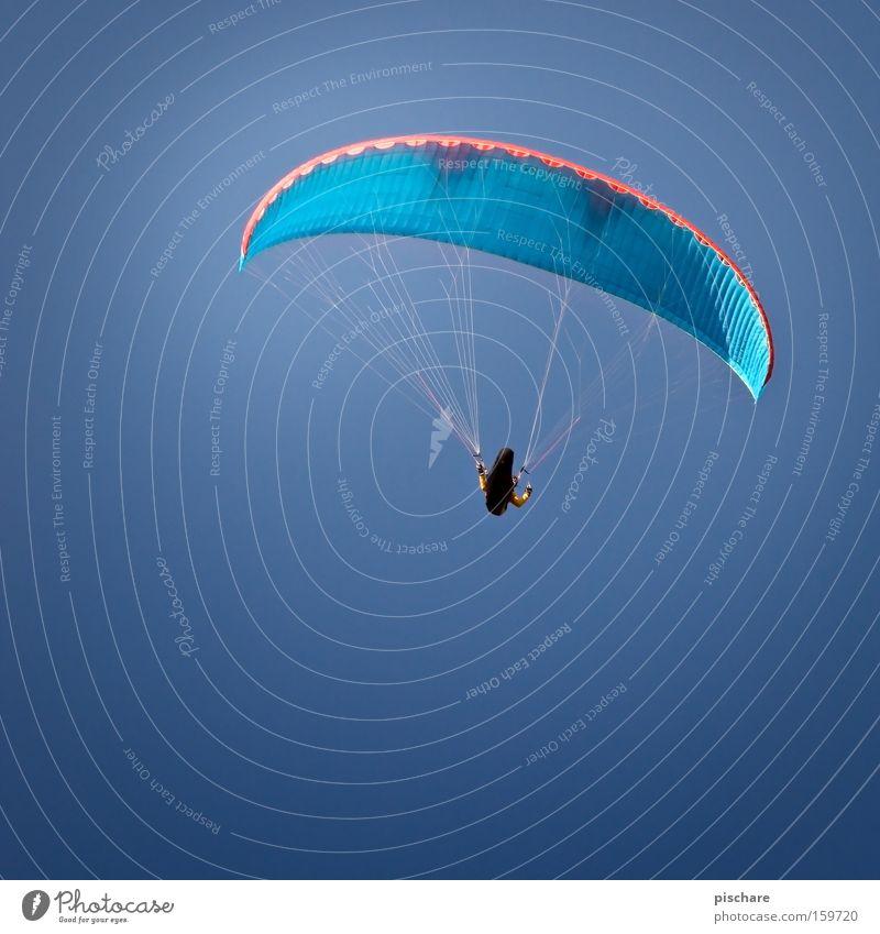 ich kann fliiiiiiiiegen! Spielen Freiheit Sport Luftverkehr Himmel Wind Wärme fliegen blau Gleitschirmfliegen gleiten Schweben Schwerelosigkeit Schirm