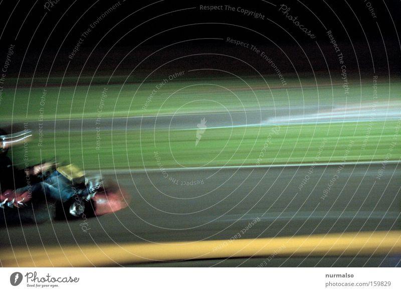 jetzt aber schnell . . . . Mann Freude Erfolg Geschwindigkeit fahren Asphalt Rennsport Motor Helm Krach Bremse Motorsport Maschine Zentrifuge Rennfahrer Beruf