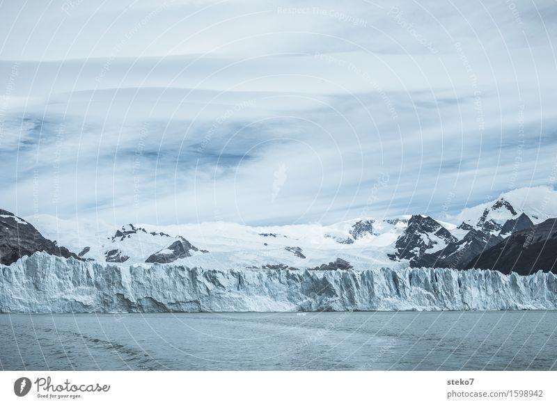 Perito Moreno Gletscher Eis Frost Berge u. Gebirge Schneebedeckte Gipfel Küste kalt blau weiß Argentinien Unzugänglichkeit Klimawandel Menschenleer