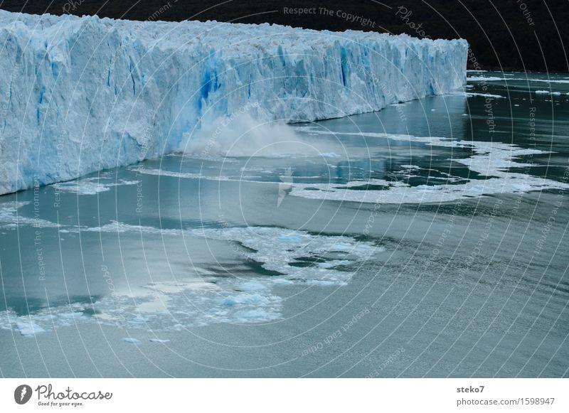 Perfekter Abgang Gletscher Küste außergewöhnlich eckig kalt kaputt blau weiß einzigartig Kraft Verfall Vergänglichkeit Wandel & Veränderung