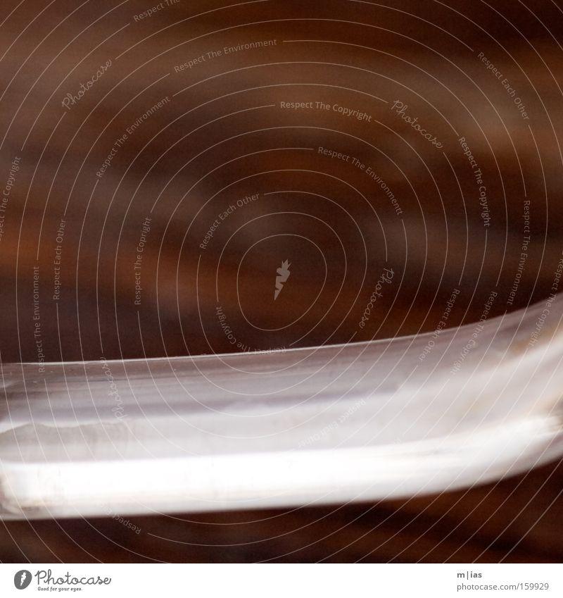 Teatime. Holz Glas glänzend Material durchsichtig Bogen Kannen Tragegriff Teekanne
